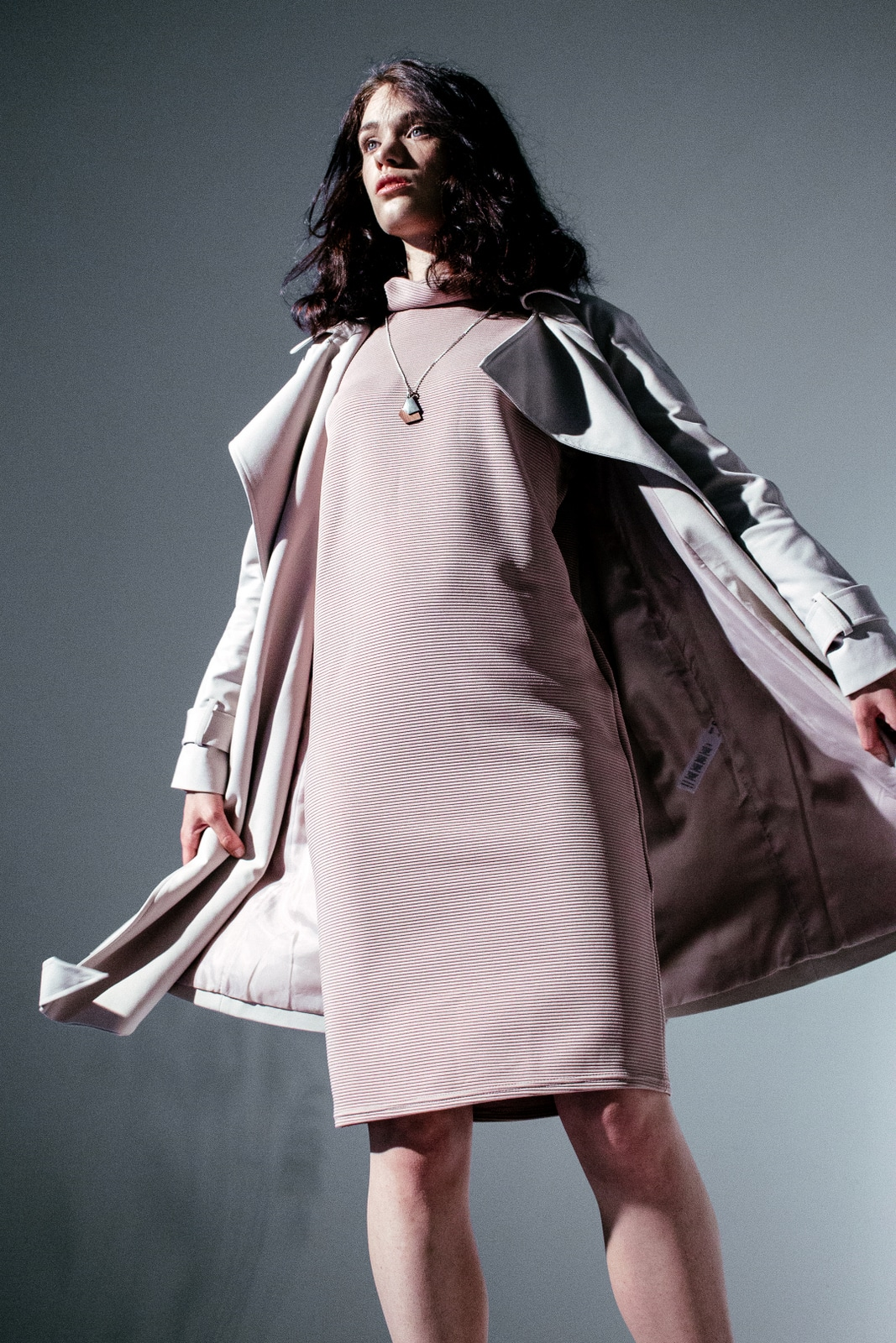 Sex and the City feeling Leipzig Trenchcoat beige Kleid rosa