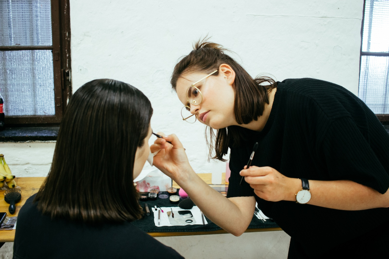 Julia Neumeister Make up artist und Visagistin leipzig bei der FLAMINGOCAT Fashionshow